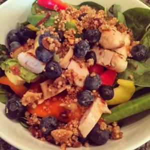 21 day fix, piyo, quinoa salad, healthy salad, quick lunch, healthy lunch, nomnomnom,