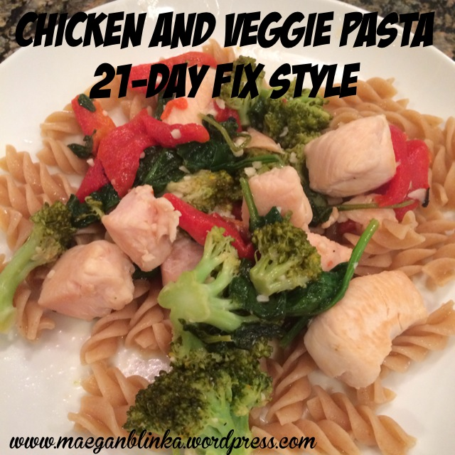 Chicken and veggie pasta, 21-day fix approved dinner, healthy dinner, dinner in under 30 minutes