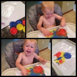 busy mom tip, Maegan Blinka, paint craft for toddlers, painting without the mess, rainy day activity,  ziplock bag painting