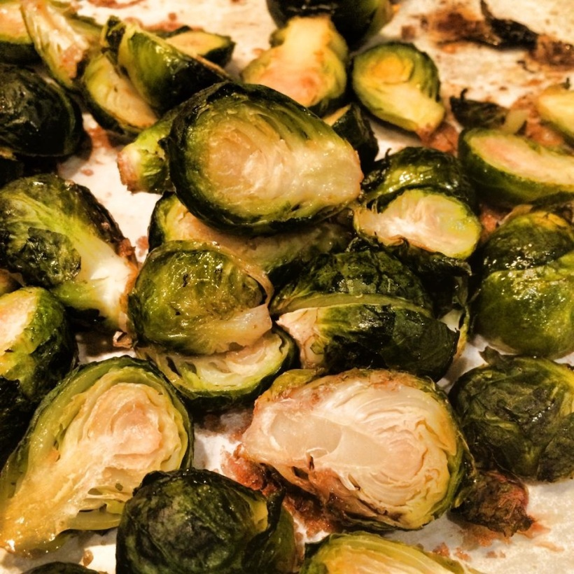 Roasted brussel sprouts, healthy veggies, roasted vegetables, how to make brussel sprouts taste good, Maegan Blinka, Yummy brussel sprout recipe
