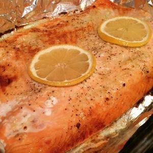 Maegan Blinka, Baked Salmon, Broiled Salmon, Lemon Salmon, Easy Healthy quick salmon, gluten free salmon recipe, fast and healthy salmon recipe, no meat fridays, meatless monday meal ideas, clean salmon recipe