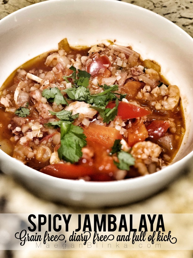 Maegan Blinka, Megan Blinka, Paleo friendly soup, Paleo friendly dinner idea, grain free soup, grain free meal, gluten free and dairy free dinner ideas, spicy dinner idea, 80 Day obsession meal plan, easy weeknight dinners, instapot recipe, cauliflower rice recipe,